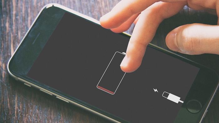 Điện thoại mà hết pin thì bạn chẳng còn tâm trí gì mà... sống ảo.