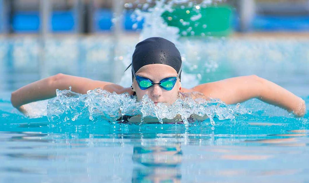 cách chọn kính bơi và mũ bơi