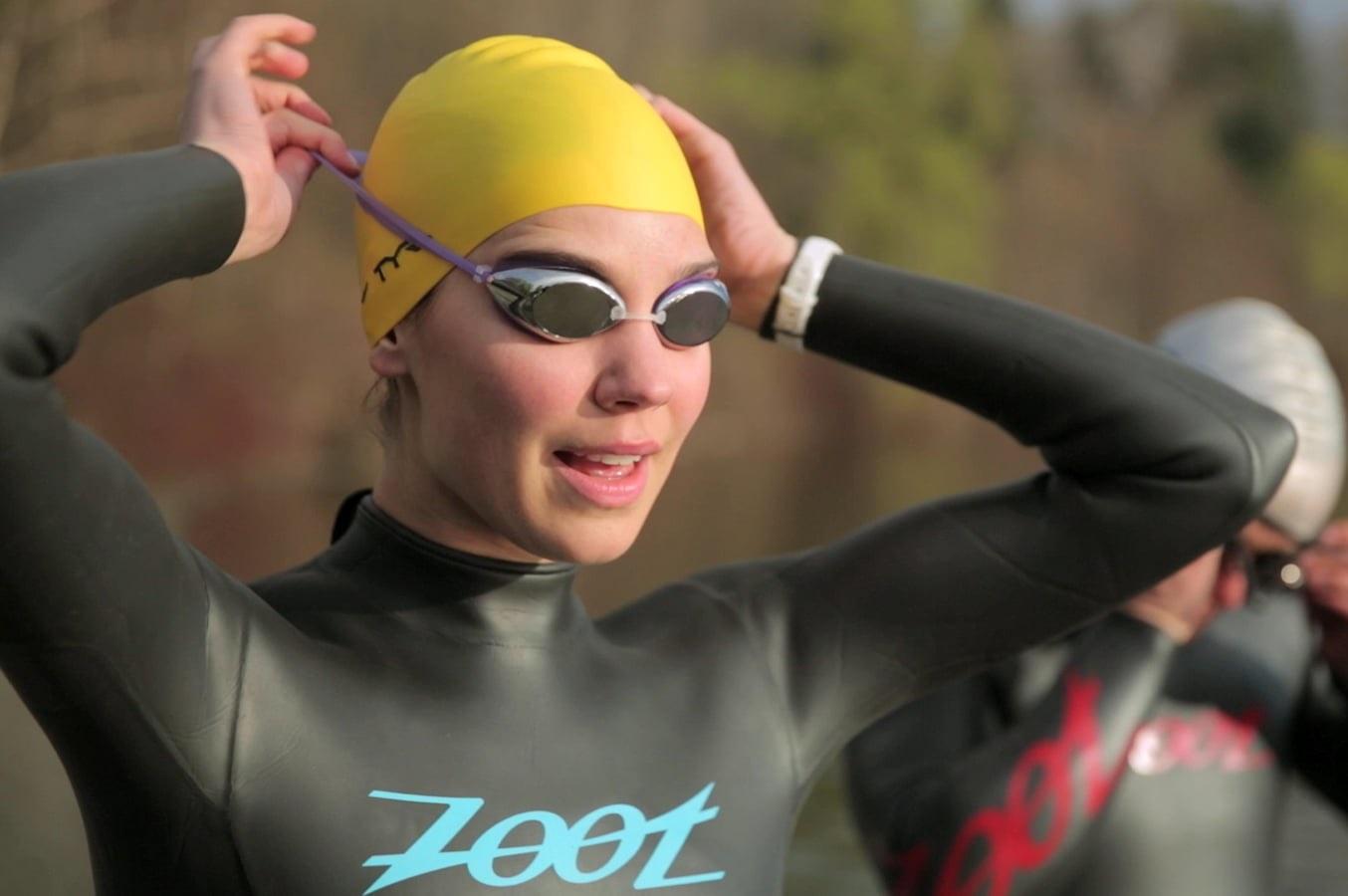 cách sử dụng kính bơi, mũ bơi