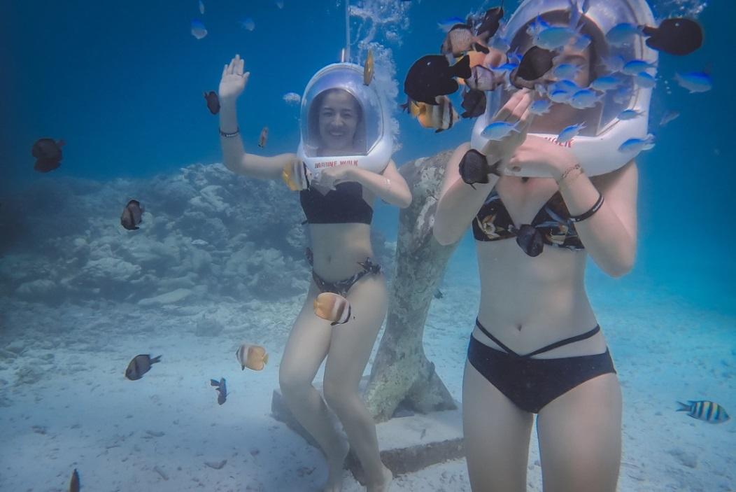 Theo chân hai cô bạn xinh đẹp khám phá thiên đường biển Boracay - Ảnh 6.