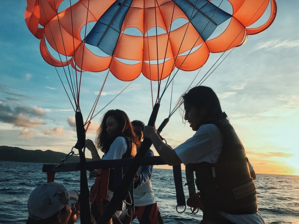 Theo chân hai cô bạn xinh đẹp khám phá thiên đường biển Boracay - Ảnh 8.