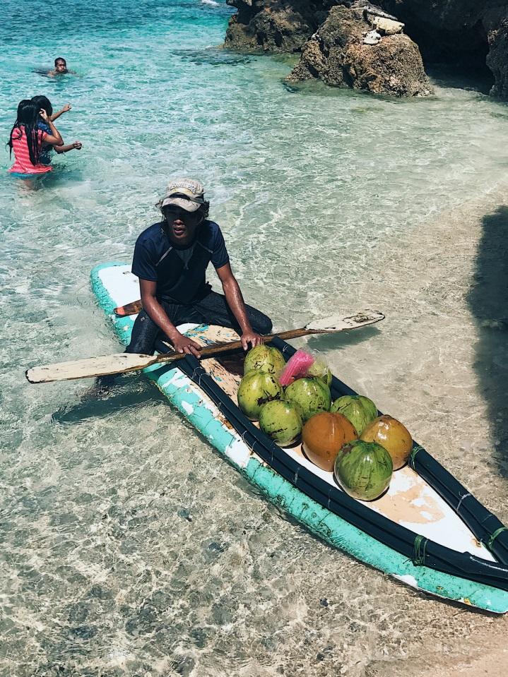Theo chân hai cô bạn xinh đẹp khám phá thiên đường biển Boracay - Ảnh 11.
