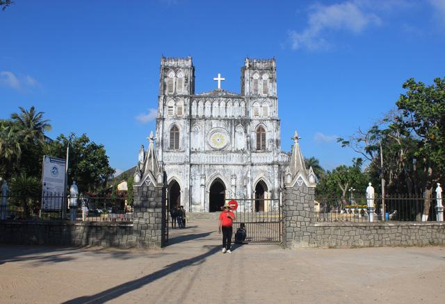 Nhà thờ Mằng Lăng - 1 trong những nhà thờ cổ nhất Việt Nam