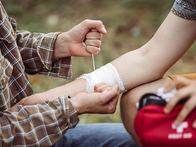 Khoá Huấn luyện Sơ cấp cứu - First aid trainning