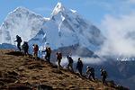 Trang phục đỉnh để selfie tại Nepal