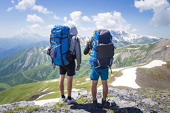 Những Lưu Ý Chọn Quần Áo Khi Đi Leo Núi