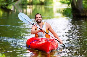 Kĩ thuật và một số cách chèo thuyền kayak