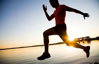 Chạy bộ lúc nào là tốt nhất: sáng, trưa, chiều, tối hay là đêm khuya!