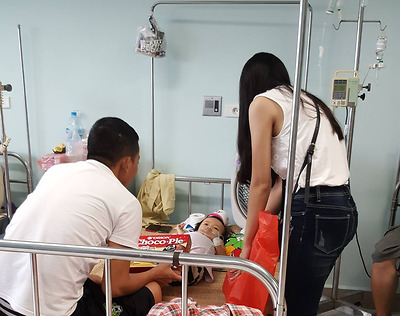 Umove tổ chức buổi thăm hỏi và tặng quà các cháu nhỏ tại Bệnh viện nhi trung ương