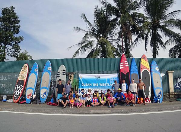 Umove cùng Vietnam SUP Lovers tổ chức sự kiện Clean The West Lake