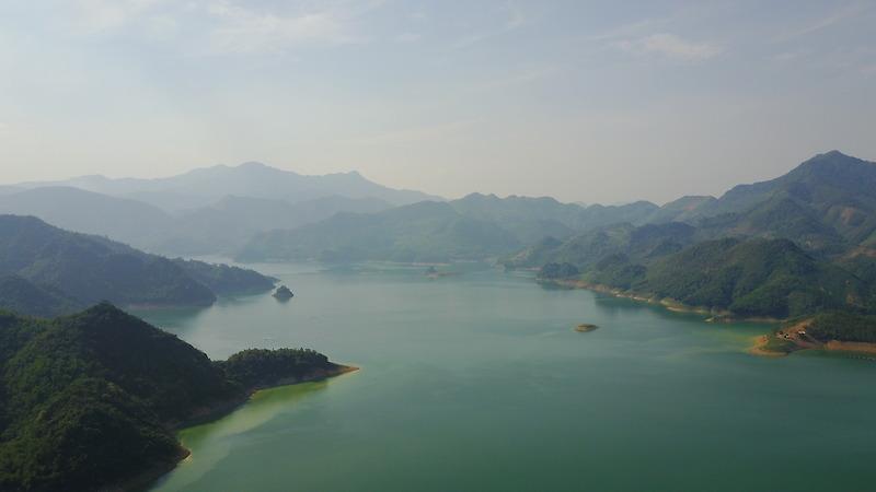 Hồ Hòa Bình - Thiên đường không xa